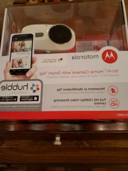 3  Motorola  cameras. Wifi home cameras with smart tag full